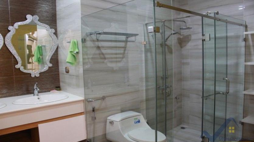 luxury-vinhomes-riverside-villas-rental-near-jura-park-4-bedrooms-19