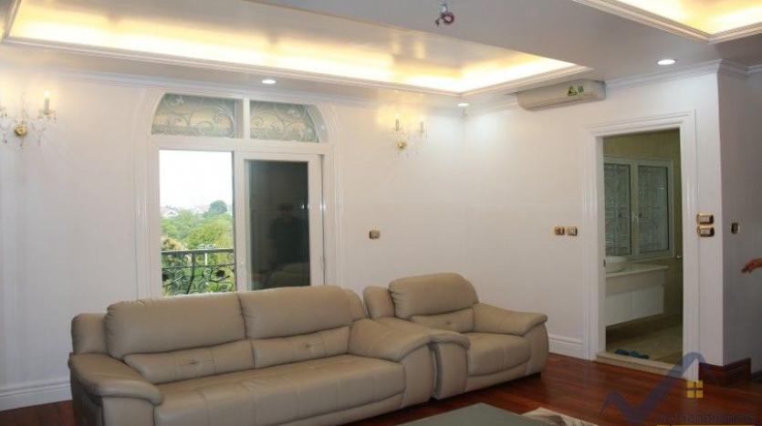 luxury-vinhomes-riverside-villas-rental-near-jura-park-4-bedrooms-22