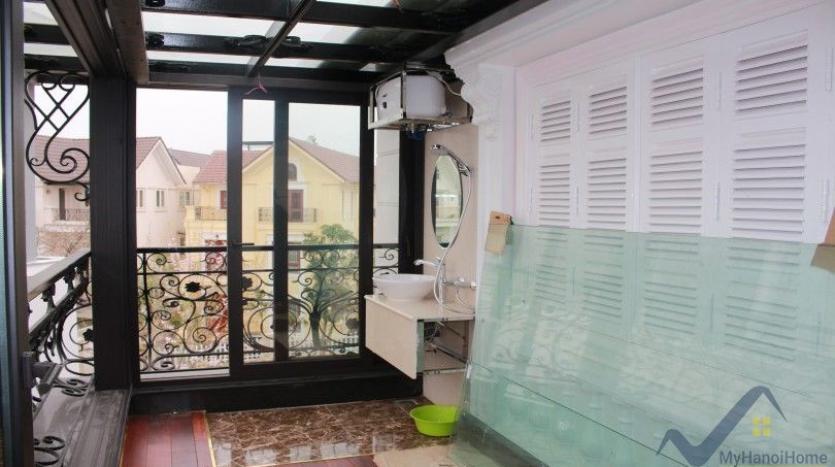 luxury-vinhomes-riverside-villas-rental-near-jura-park-4-bedrooms-28