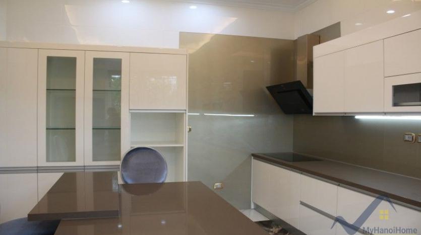 luxury-vinhomes-riverside-villas-rental-near-jura-park-4-bedrooms-9