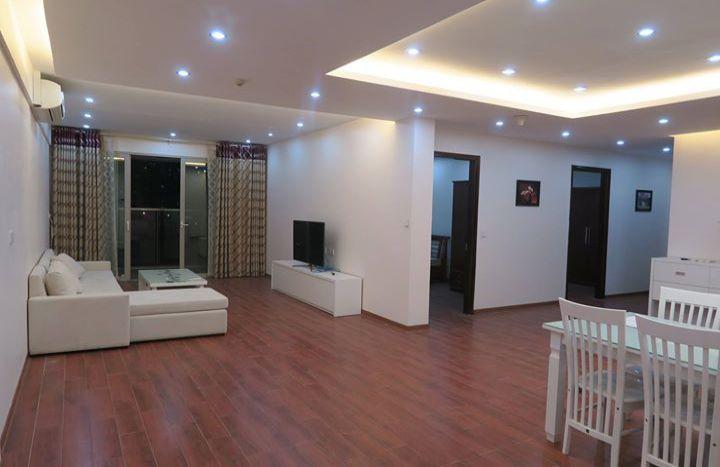 Mandarin Garden 3 bedroom apartment to rent, corner position