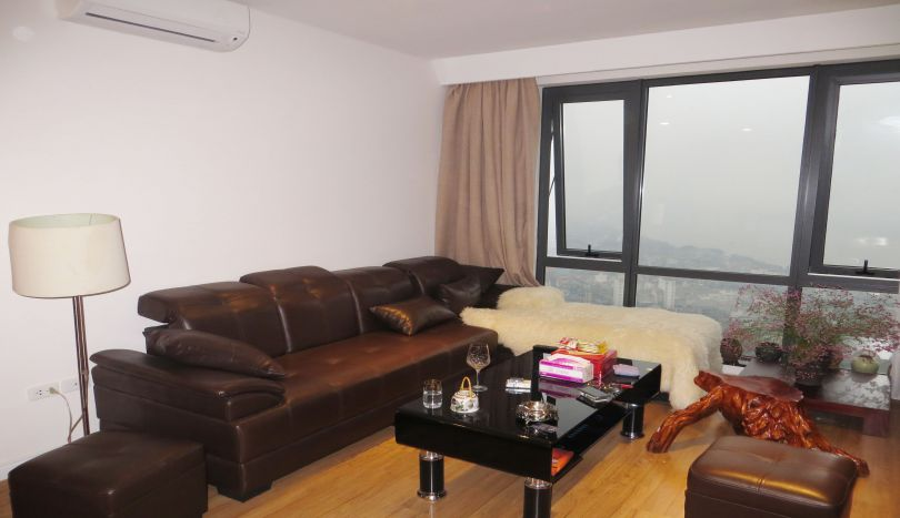 Mipec Riverside apartment for rent 3 beds 2 showers with furnished