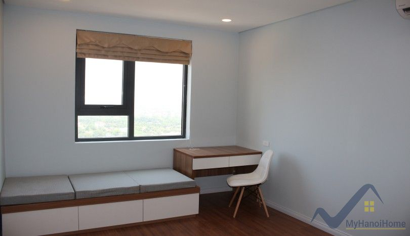 Mipec Riverside apartment to lease 2 bedrooms with Red river view