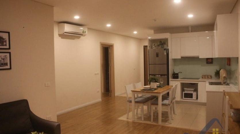 mipec-riverside-hanoi-2-double-bedroom-apartment-for-lease-furnished-14