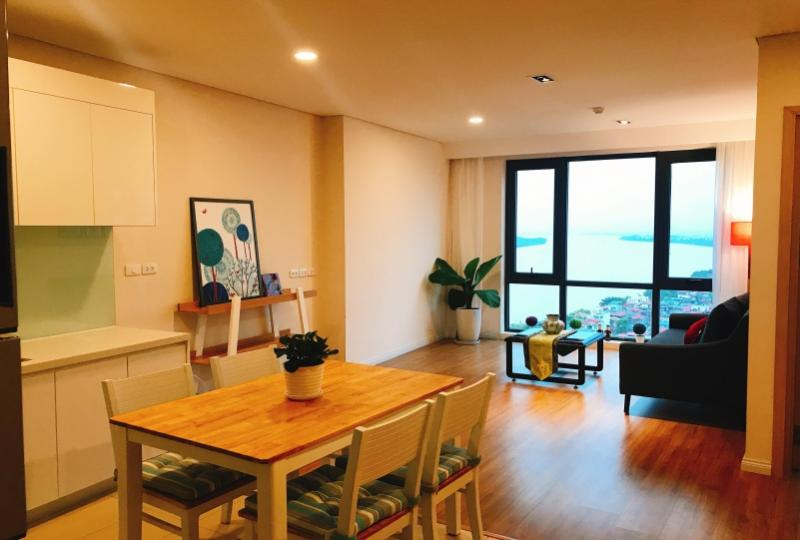 Mipec Riverside Hanoi 2 double bedroom apartment for lease furnished
