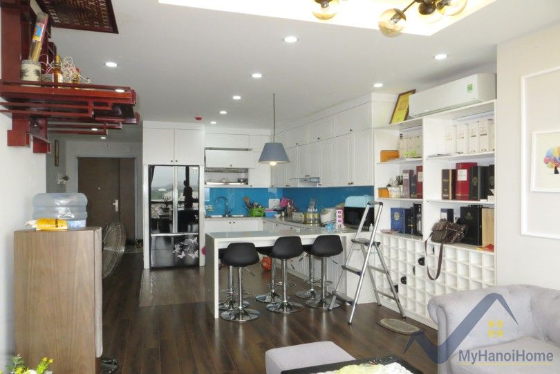 Modern 2br apartment in Mipec Long Bien for lease with furnished