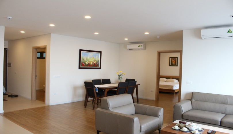Modern and quality furnished apartment in Mipec Riverside for rent 3beds