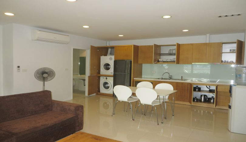 Modern fitted kitchen 1 bedroom apartment rental in Tay Ho, furnished
