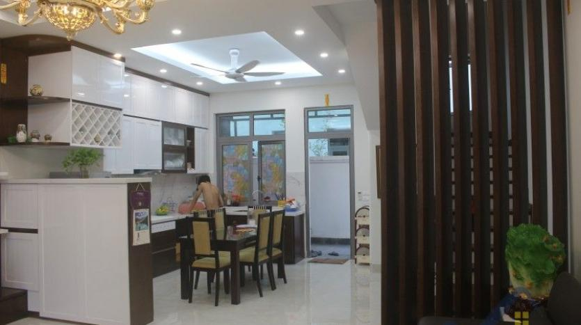 modern-furnished-3-bed-house-in-vinhomes-harmony-hanoi-for-rent-2