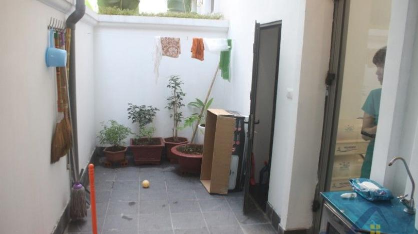 modern-furnished-3-bed-house-in-vinhomes-harmony-hanoi-for-rent-5