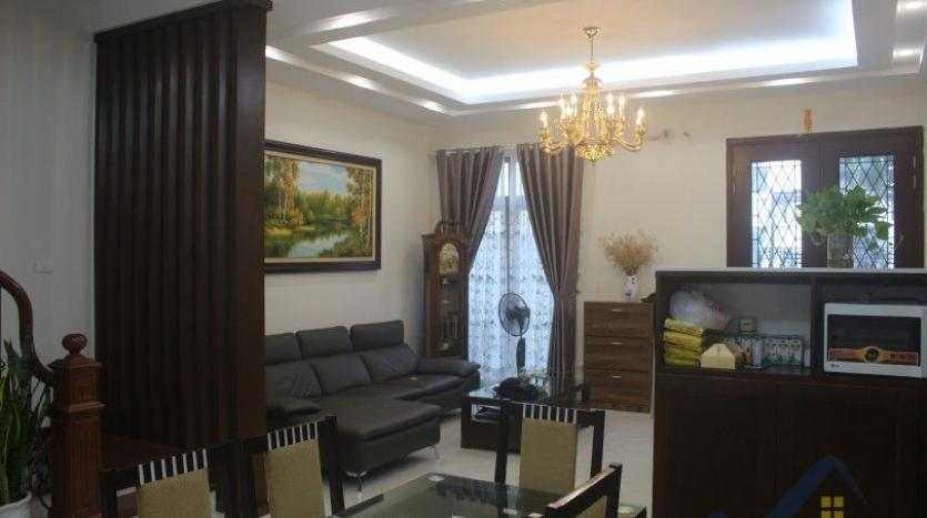 modern-furnished-3-bed-house-in-vinhomes-harmony-hanoi-for-rent-6