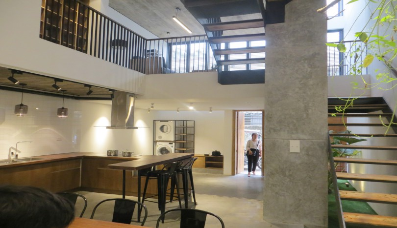 Modern house in Tay Ho Westlake with 03 floors, 03 beds