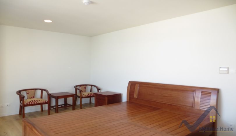 Modern lake view apartment in Watermark Hanoi rent 3 bedrooms