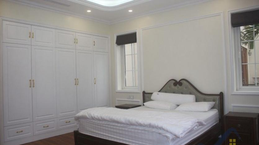 modern-villa-in-vinhomes-riverside-long-bien-4-bedrooms-with-lift-15