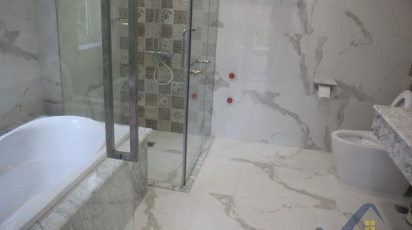 modern-villa-in-vinhomes-riverside-long-bien-4-bedrooms-with-lift-18