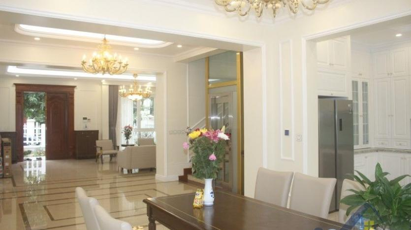 modern-villa-in-vinhomes-riverside-long-bien-4-bedrooms-with-lift-7