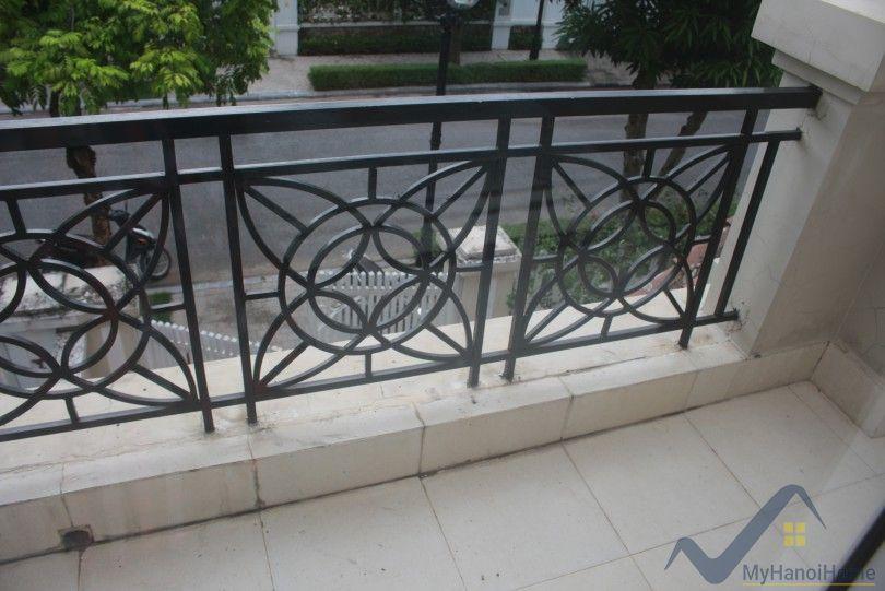 Modern Vinhomes Riverside Hanoi villa rent with furnished close BIS