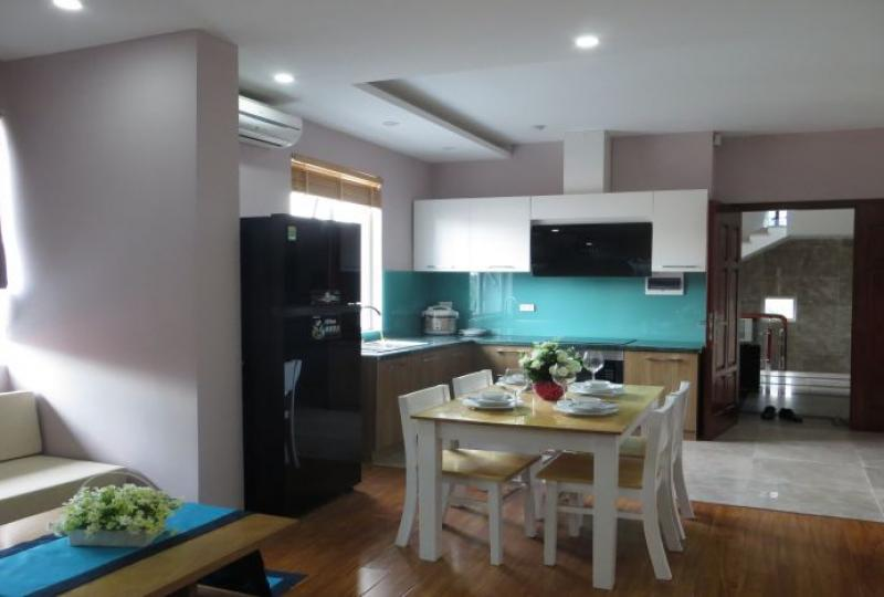 New 02 bedroom apartment for rent in Tay Ho, full services & gym