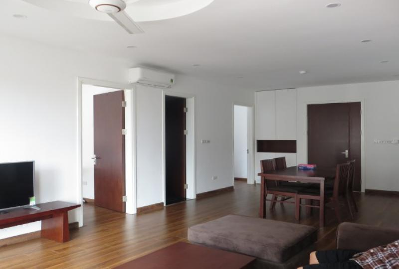 Newly 02 apartment in Tay Ho on Dang Thai Mai rental