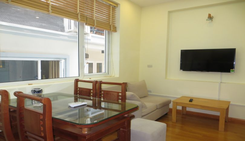 Nice 1BR apartment for rent in Nghi Tam, Tay Ho area, furnished
