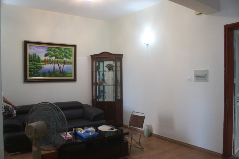 Nice 3 bedroom apartment in Hoang Quoc Viet str Cau Giay dist rent