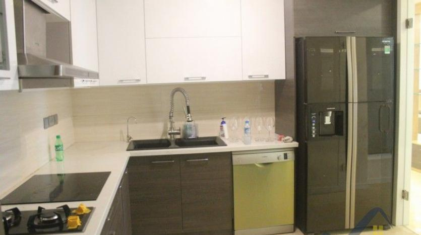 Nice 4 bedroom Ciputra Hanoi apartment for rent at L2 Tower