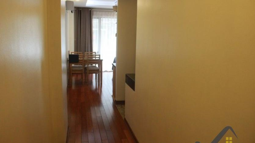 one-bedroom-apartment-to-rent-in-truc-bach-hanoi-1