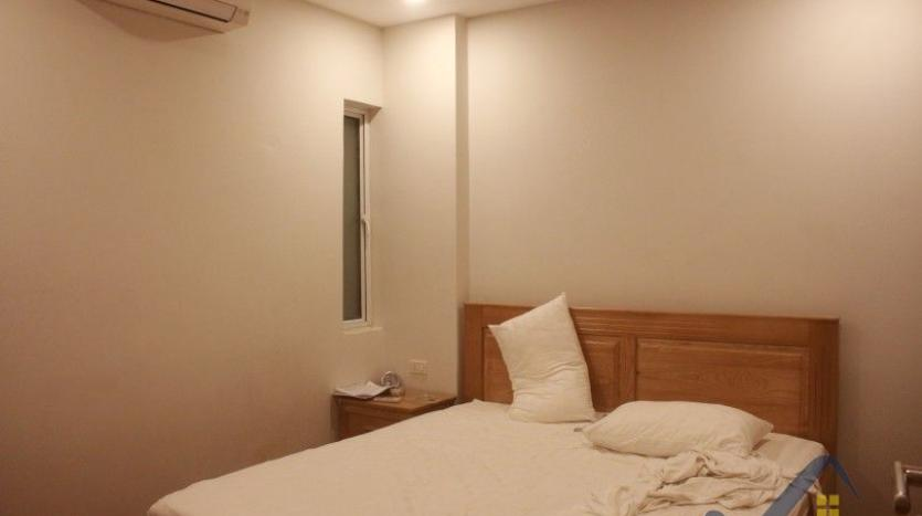 one-bedroom-apartment-to-rent-in-truc-bach-hanoi-6