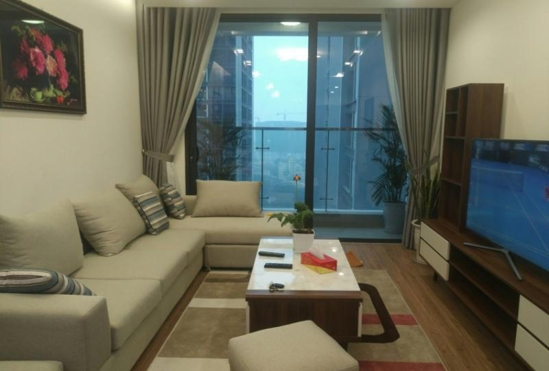 Open reception 3 bedroom apartment to rent in Vinhome Metropolis Hanoi