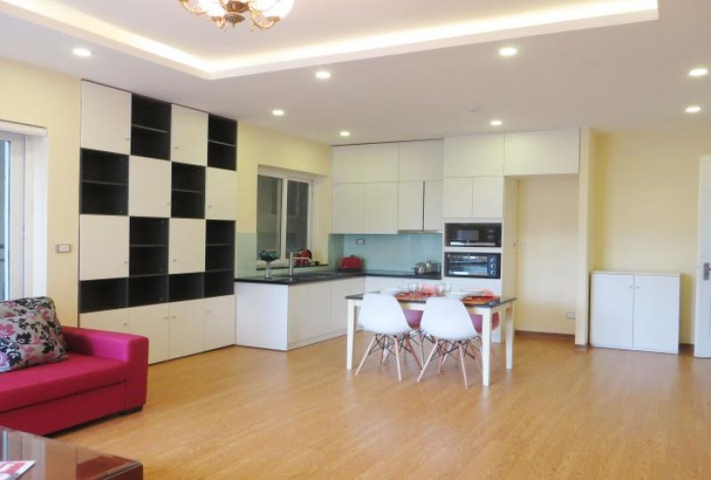 Open reception room 1 bedroom apartment for rent in Tay Ho