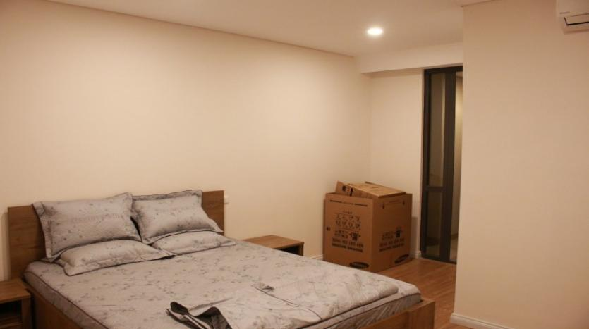 oustanding-two-bedrooms-mipec-riverside-apartment-for-rent-furnished-26