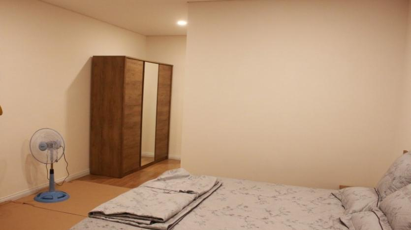 oustanding-two-bedrooms-mipec-riverside-apartment-for-rent-furnished-27