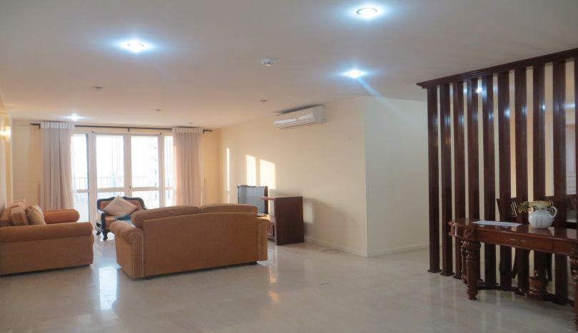 P2 tower Ciputra 4 bedroom apartment for rent, nice view