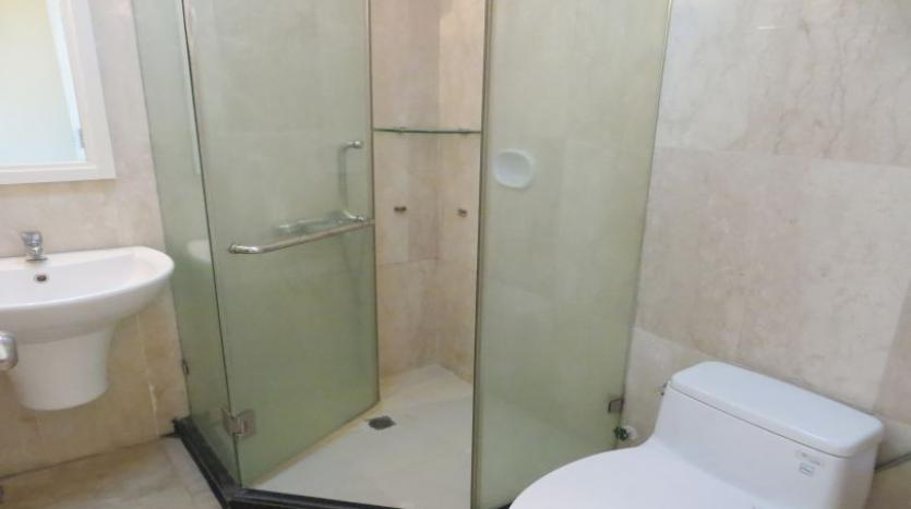 p2-tower-ciputra-4-bedroom-apartment-for-rent-nice-view-13