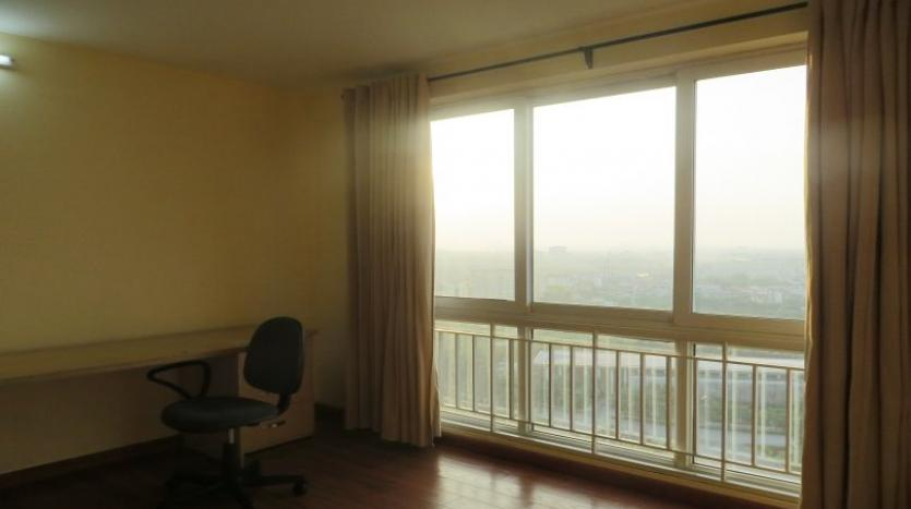 p2-tower-ciputra-4-bedroom-apartment-for-rent-nice-view-16