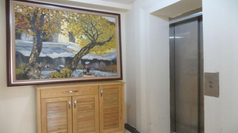 p2-tower-ciputra-4-bedroom-apartment-for-rent-nice-view-20