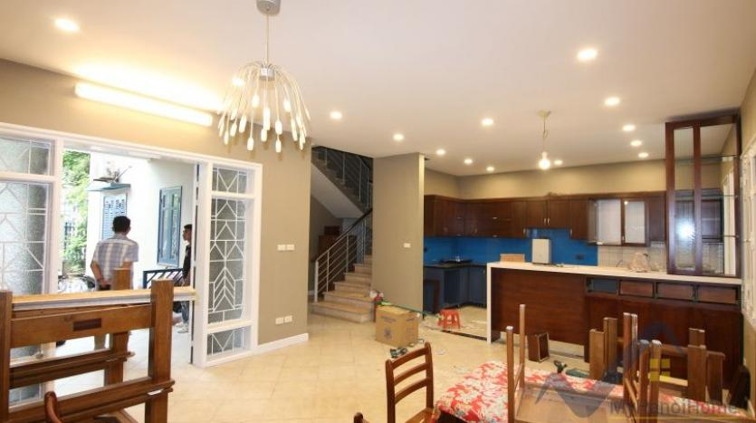 partly-furnished-6-bedroom-house-in-long-bien-ngoc-thuy-20