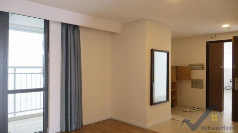 partly-furnished-apartment-in-mipec-riverside-02-bedrooms-lake-view-17
