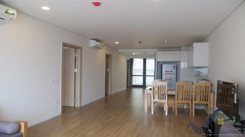 partly-furnished-apartment-in-mipec-riverside-02-bedrooms-lake-view-20