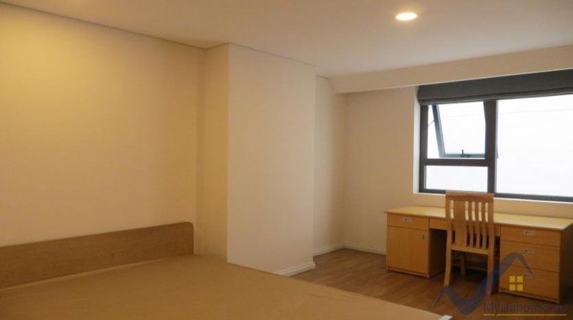 partly-furnished-apartment-in-mipec-riverside-02-bedrooms-lake-view-25