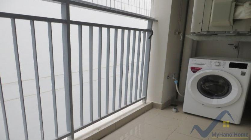 partly-furnished-apartment-in-mipec-riverside-02-bedrooms-lake-view-26