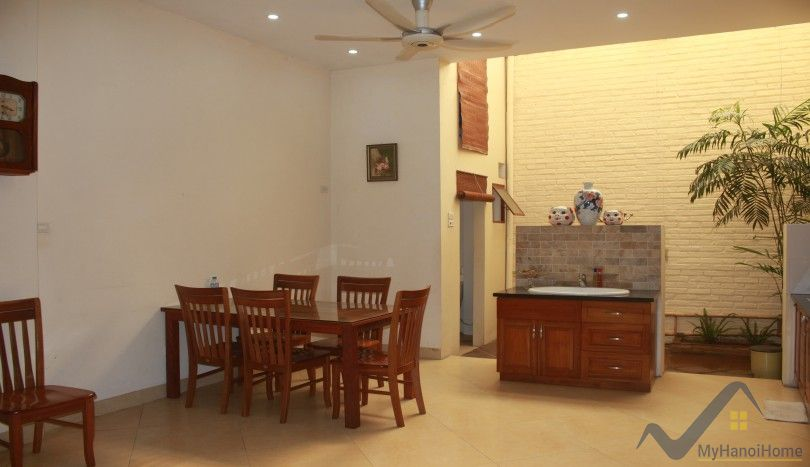 Partly furnished house in Ngoc Thuy, Long Bien district 2 bedrooms
