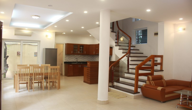 Partly furnished house in Tay Ho Westlake rental 4 bedrooms