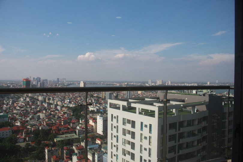 Partly furnished Trang An Complex apartment to rent 105m2