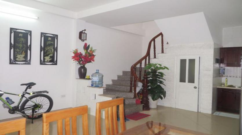 quiet-alley-tay-ho-2-bedroom-house-to-rent-fully-furnished-1