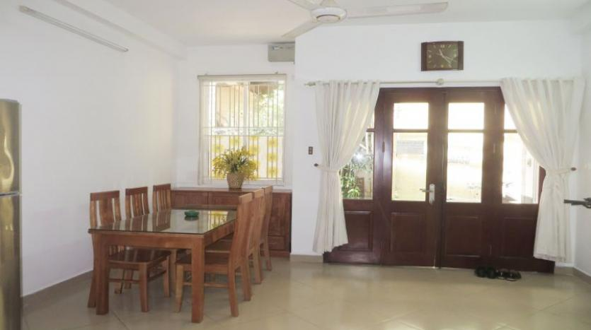 quiet-alley-tay-ho-2-bedroom-house-to-rent-fully-furnished-2