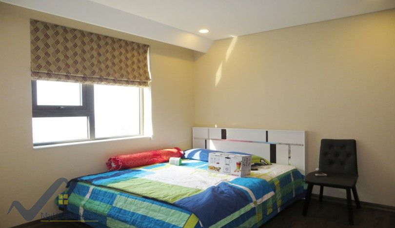 Red river view apartment in Mipec Riverside 3 bedrooms furnished