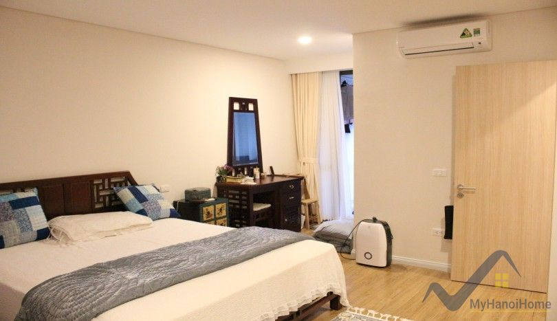Red river view Mipec Riverside apartment rental 2 beds furnished