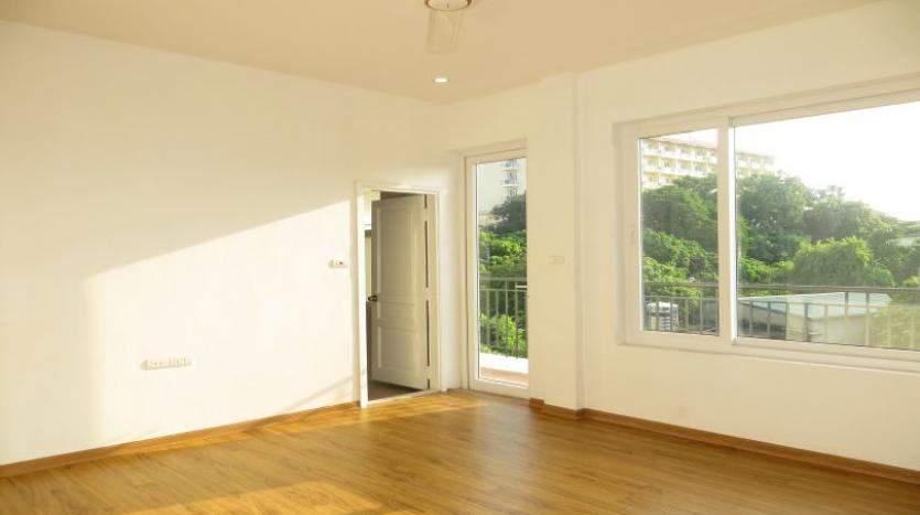 refurbished-house-to-rent-in-tay-ho-car-parking-and-terrace-13