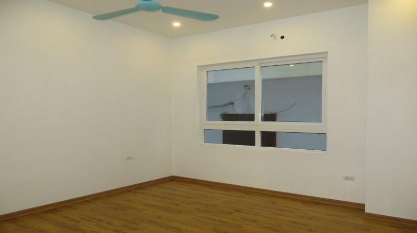 refurbished-house-to-rent-in-tay-ho-car-parking-and-terrace-20